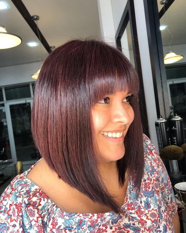 Bob with bangs for women with round face