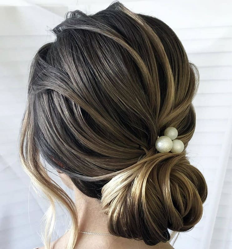 Messy Bun for Thick Hair
