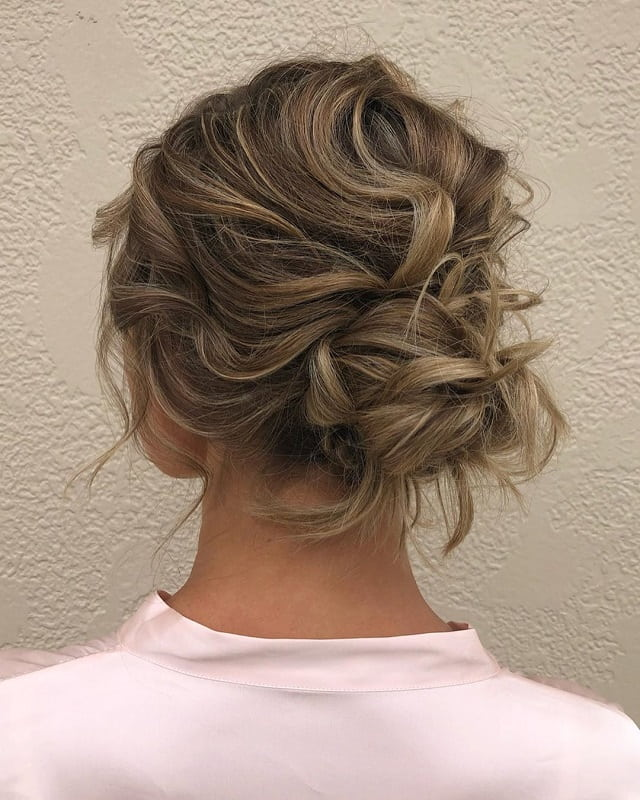 Low Wavy Messy Bun