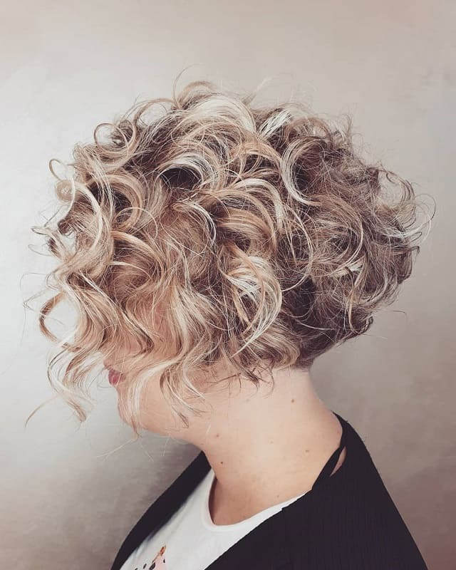 Blonde Highlights for Short Curly Hair
