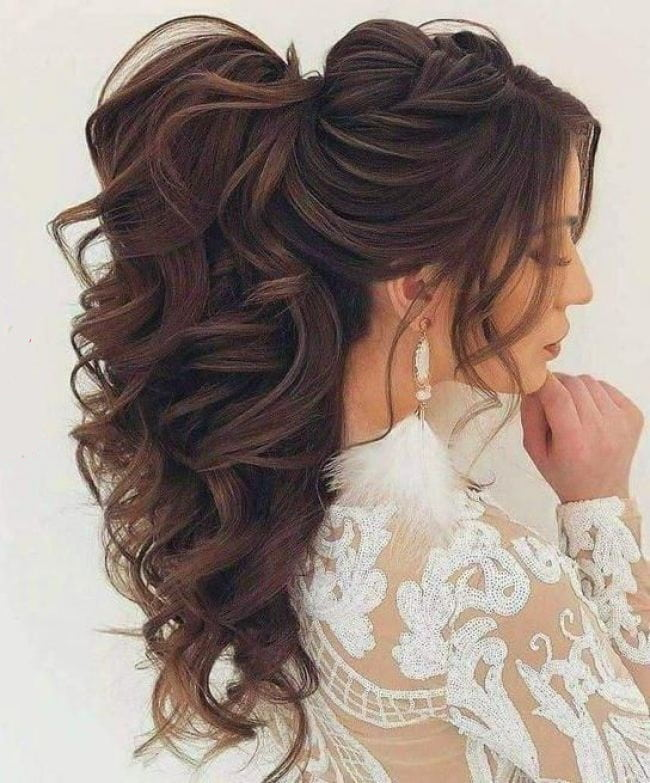 Layered Curly Ponytail