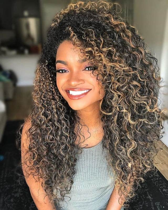 Long Layered Curly Hair With Highlights