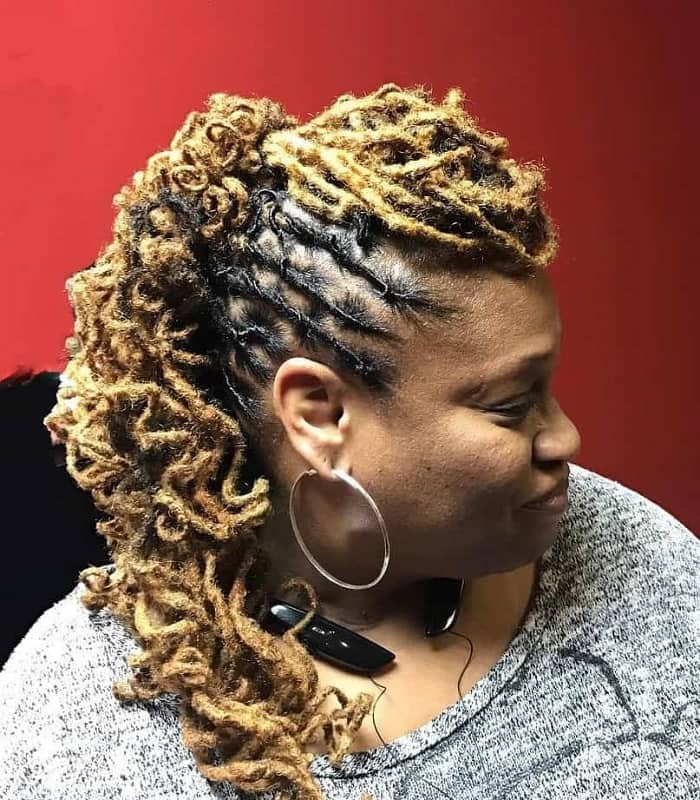 Mohawk Ponytail With Curls