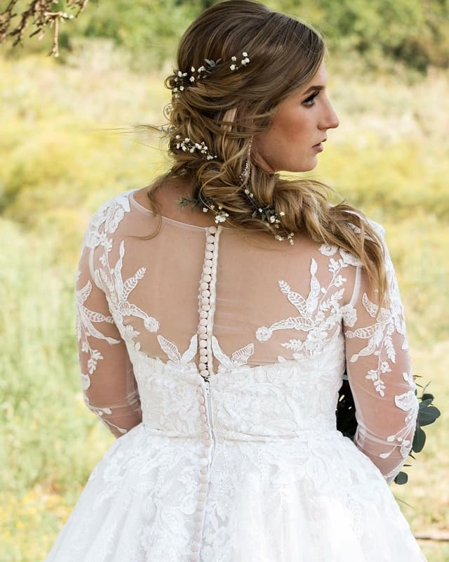 Wedding Hairstyle with Loose Braid