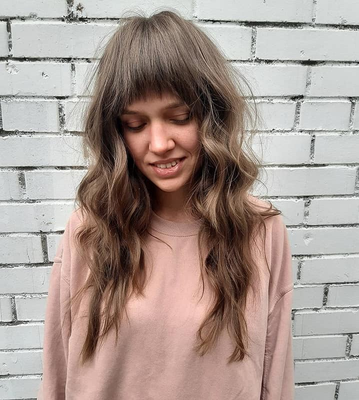 Wavy Hair Bangs For Oval Face