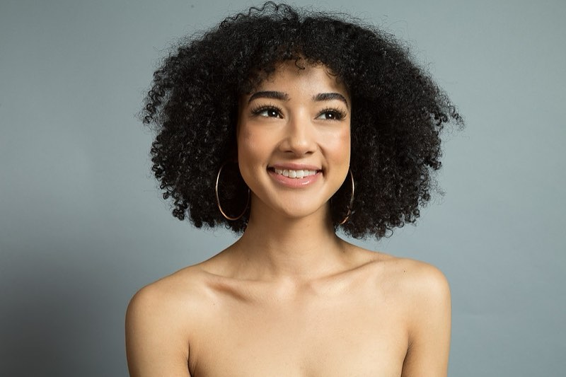 Middle-Parted Kinky Curly Hair