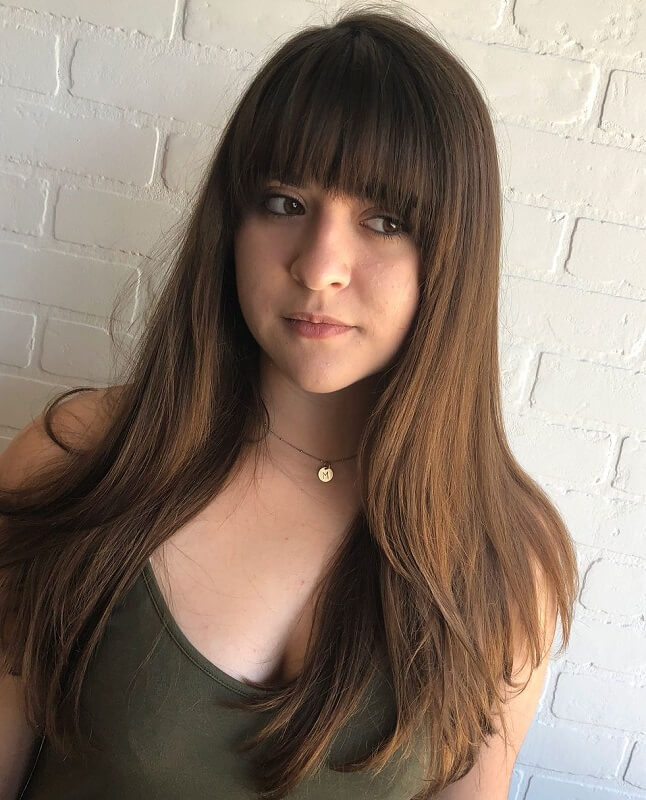 straight bangs for girls with heart shaped face